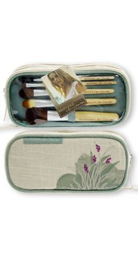 Ecotools by Alicia Silverstone - Make-up brush set featuring bamboo handles, recycled aluminum ferrules and cruelty free taklon bristles in a natural hemp bag<3 been using these brushes for years and they are SO amazing!