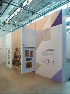 Exposição Linhas de Histórias - Um panorama do livro ilustrado no Brasil, projeto do escritório , aconteceu no SESC Belenzinho em São Paulo.