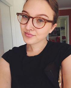Hey hi hello I think I'm addicted to sushi #selfie #work #baileynelson BAILEY NELSON EYEWEAR - Affordable glasses / Optical / Spectacles