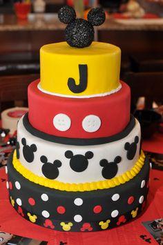 Mickey Birthday Cake Baby Birthday Themes, Twin First Birthday, 3rd Birthday, Mickey Birthday Cakes, Birthday Parties, Mickey Party, Birthday Ideas, Love Cake, First Birthdays