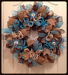 Southwestern Turquoise Star Deco Mesh by CKDazzlingDesign on Etsy Western Wreaths, Country Wreaths, Country Crafts, Deco Mesh Crafts, Deco Mesh Wreaths, Making Burlap Wreaths, Wreath Burlap, Star Deco, Turquoise Wreath