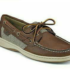 Sperry Top Siders sz 8.5 BLUEFISH 2-EYE BOAT SHOE Sperry Top Siders sz 8.5 BLUEFISH 2-EYE BOAT SHOE Great Condition and Very Little Wear. Insides Still Look Brand New Sperry Top-Sider Shoes