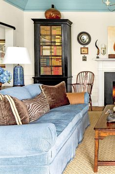 Enjoy seeing how architectural details can help to create space, and how a simple understanding of where and how you choose to live can help you master the art of living small. #downsized #cottagedecor #smallspaceliving #southernliving