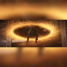Loki plummets for 30 minutes 😂 - Marvel Avengers Humor, Marvel Avengers, Marvel Heroes, Marvel Comics, Loki Laufeyson, Loki Thor, Tom Hiddleston Loki, Loki Funny, Funny Marvel Memes