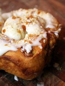 Apple Pie Cinnamon Rolls with Caramel Cream Cheese Icing