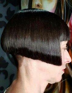 Shaved Hair Cuts, Shaved Nape, Bob Bangs, Bob Haircut With Bangs, Bobbed Haircuts, Short Stacked Bobs, Stacked Bob Hairstyles, Really Short Hair, Hair Models