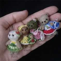 I cannot find the source for these adorable little bears.  If you have it, please let me know.