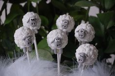 Sheep Cake Pops Farm Cookies, Cereal Cookies, Cake Pops, Bible School Snacks, Sheep Cake, Beautiful Cupcakes, Sheep And Lamb, Paw Patrol Party, Baptisms