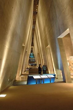 The Holocaust History Museum - Yad Vashem, world center for Holocaust research, documentation, education and commemoration and dynamic place of intergenerational and international encounter. Architect: Moshe #Safdie
