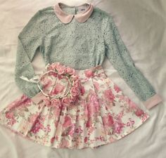 Gorgeous floral print pleated skirts with top mint lace sleeve the best way to show fashion & style