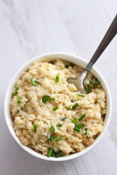 Low carb cauliflower risotto - this super cheesy recipe is absolutely irresistible, whether you're following a low-carb diet or not!