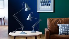 Scaling down an iconic design to two thirds of its original size, the 1227 Mini desk lamp offers timeless British style for smaller spaces or surfaces. In adapting the design, Anglepoise have ensured all the same functionality as their best-selling lighting range with constant spring technology plus the same instantly recognisable silhouette first introduced in 1934.