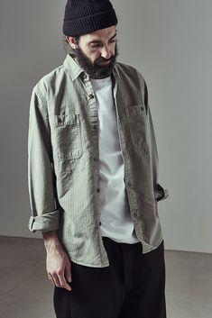 1 shirt ¥24,000 2 tee ¥5,800 3 knit cap ¥11,000