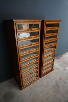 This vintage haberdashery shop cabinet originates from the United Kingdom. It is made from oak and features 10 drawers. It is restored and the drawers open and shut smoothly. The inside of the drawers measure 42.2 x 45 x 11 cm