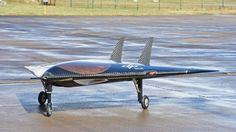 """Der Rüstungskonzern Airbus entwickelt eine intelligente Kampfdrohne. Ein """"Missionscomputer"""" der Bundeswehr soll den Flug automatisieren"""