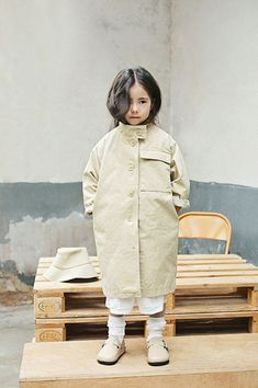 Spring Look For Kids Picture Description Bien a Bien is here with the first Spring 2018 products. Bien a Bien makes fashionable unisex basic childrenswear Little Girl Fashion, Kids Fashion, Fashion Outfits, Gothic Jackets, Kids Outfits, Cute Outfits, Kids Coats, Stylish Kids, Kid Styles