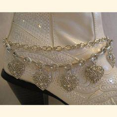 Boot Bracelet - Hearts Sat'n Spurs Western Wear http://www.amazon.com/dp/B00CDX01GK/ref=cm_sw_r_pi_dp_a5AYtb1TKA4CAK30