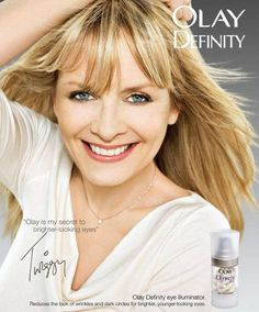 Women Aging Gracefully in Front of the Camera | Twiggy, 64, for Olay
