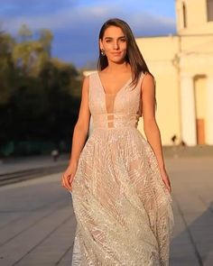 Cute Maternity Dresses, Cute Dresses, Beautiful Dresses, Maxi Dress Wedding, Wedding Dress Trends, Ball Dresses, Ball Gowns, Prom Dresses, Bride Gowns