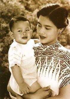 King Rama 10, King Phumipol, King Of Kings, King Queen, Crown Prince Of Thailand, King Thai, Thai Princess, Queen Sirikit, Thailand Photos