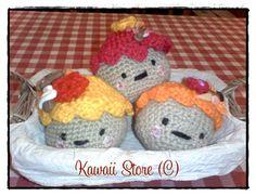 Cupcakes Decorativos Realizados Artesanalmente en Crochet. Decora tu casa con estos hermosos Cupcakes. Son Tendencia! Son Moda! No dejes de tenerlos <3 en Kawaii Store los tenemos para vos <3