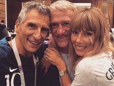 Après le match, Didier Deschamps salué par Nagui et sa femme