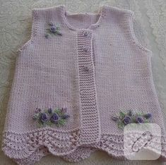 Baby vest models 2018 Let's see what's happening. combed rope wide braid … – fatma öztürk – Join the world of pin Knitting For Kids, Baby Knitting Patterns, Crochet For Kids, Diy Crochet, Knitting Designs, Baby Patterns, Hand Knitting, Baby Cardigan, Toddler Dress