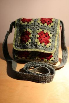 Crochet A Shell Stitch Purse Bag Ravelry: Free crochet pattern for Granny Square Messenger Bag by Judith L. SwartzRavelry: Free crochet pattern for Granny Square Messenger Bag by Judith L. Crochet Purse Patterns, Granny Square Crochet Pattern, Crochet Squares, Crochet Granny, Free Crochet, Ravelry Crochet, Crochet Blocks, Afghan Patterns, Blanket Crochet