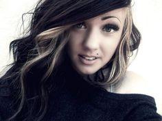 love her hair, makeup, & shirt. & i miss my piercing :(