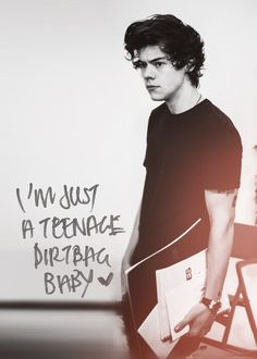 "Twitter / 1DScoop: ♫ ""i'm just a teenage dirtbag baby"""