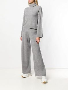 Pringle Of Scotland Knitted Flared Trousers - Farfetch : Pringle Of Scotland knitted flared trousers Trouser Outfits, Pants Outfit, Grey Trousers, Trousers Women, Flare Pants, Modest Outfits, Fashion Outfits, Womens Fashion, Lounge Wear