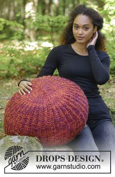 Puf em canelado inglês. Pode-se tricotar com 2 fios DROPS Eskimo ou 1 fio DROPS Polaris.