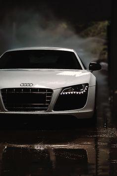 Audi R8 V10, I love you.