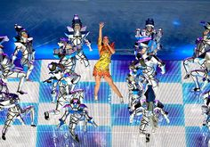 Katy Perry's Superbowl Halftime Performance Was Epic (Here Are the Looks That Prove It)  #InStyle