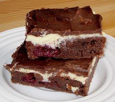Schokoladenkuchen mit Kirschen und Pudding, ein schönes Rezept aus der Kategorie Kuchen. Bewertungen: 21. Durchschnitt: Ø 4,0.