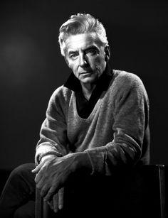 Herbert von Karajan 1958 Herbert Von Karajan, Music Classique, Music Is Life, New Music, Classical Music Composers, Leonard Bernstein, People Of Interest, Portrait Poses, Concert Hall