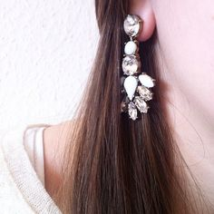 Snow White Statement Earrings #happinessbtq