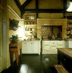 The Practical Magic Kitchen Witch House Inspiration! My Top 5 Witchy Homes and Witchy Kitchen Home Inspiration for your viewing pleasure! Do you love Witch Homes as much as I do? Practical Magic Movie, Kitchen Design, Kitchen Decor, Kitchen Witch, Kitchen Ideas, Warm Kitchen, Life Kitchen, Kitchen Stove, Kitchen Rustic