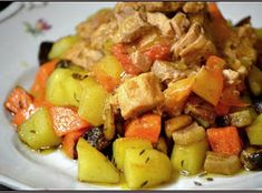 Fruit Salad, Pork, Ethnic Recipes, Sweet, Red Peppers, Kale Stir Fry, Fruit Salads, Pork Chops