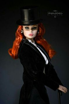 Ms.Top Hat