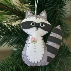 Racoon Friend by You Go Girl, via Flickr