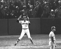 The most remembered Carlton Fisk photo!