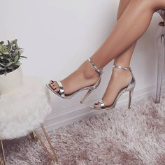 high heels – High Heels Daily Heels, stilettos and women's Shoes Fancy Shoes, Me Too Shoes, Women's Shoes, Shoes Men, High Heels For Prom, Prom Heels, Stilettos, Stiletto Heels, Pumps