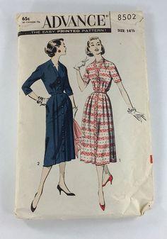 Advance Sewing Pattern 8502  Size 14 1/2 Cardigan Coat Dress