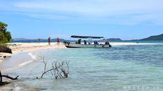 Malé ostrůvky Pigeon cays poblíž ostrova Roatán. Roatan, Beach, Water, Outdoor, Caribbean, Gripe Water, Outdoors, The Beach, Beaches