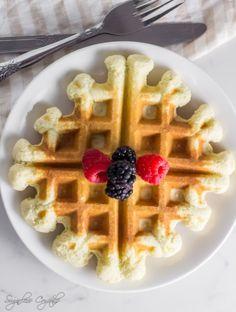 Coconut Flour Waffles - Sugarless Crystals Coconut Flour Waffles, Coconut Flour Recipes, Best Waffle Recipe, Waffle Recipes, Keto Waffle, Waffle Iron, Mochiko Flour, Fluffy Waffles, How To Make Waffles