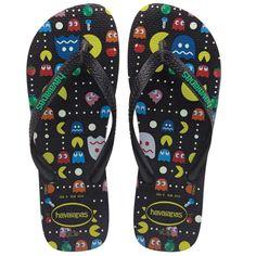 Havaianas Men's 'Pac-Man' Flip Flops Pac Man, Tong Havaianas, Me Too Shoes, Men's Shoes, Foot Pics, Nerd Fashion, Shoe Sites, Mens Flip Flops, Designer Sandals