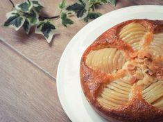 Ce gâteau est au programme du CAP pâtisserie. Composée d'une pâte sucrée ou sablée, d'une crème d'amandes et de poires pochées ou au sirop, cette tarte...