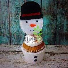 Snowman Cupcake Topper ONLY ITH Embroidery Design
