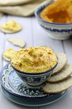 A fall-theme hummus recipe for Roasted Butternut Squash Hummus. You won't believe how creamy this dip recipe turns out!